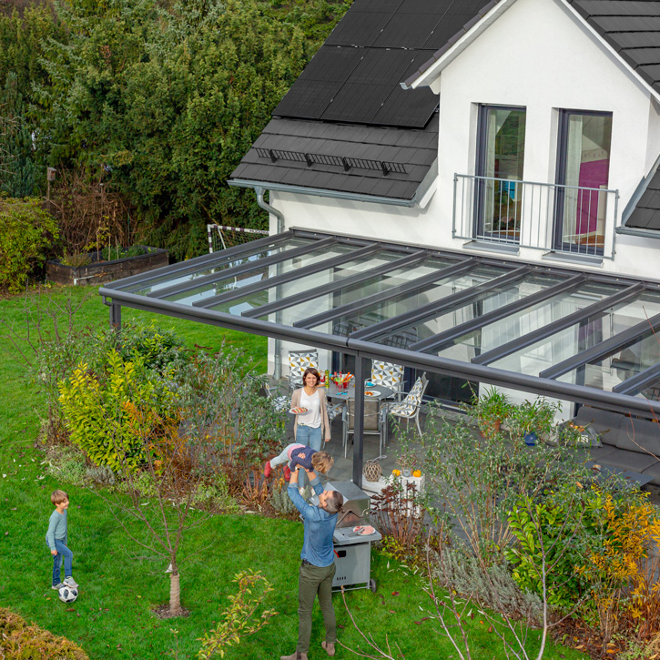 Solar for homes with premium REC solar panels